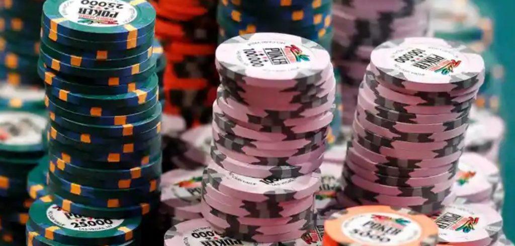 ポーカーに税金?