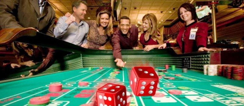 ランドカジノでは皆で楽しむ